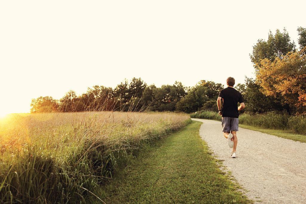 Il existe des solutions totalement naturelles pour s'occuper de sa santé, retrouver ou préserver son bien-être, en dépit de ce que pensent la plupart des gens.