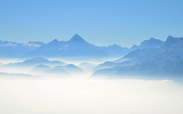 Se protéger de la pollution atmosphérique en purifiant l'air de son environnement avec la fontaine à huiles essentielles SynerZEN des laboratoires SynerJ-Health, créé par Jacques Prunier, inventeur de l'AlphaOne, du SynerStem et du SynerBOOST.
